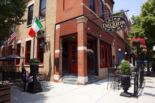 Declan's Irish Pub
